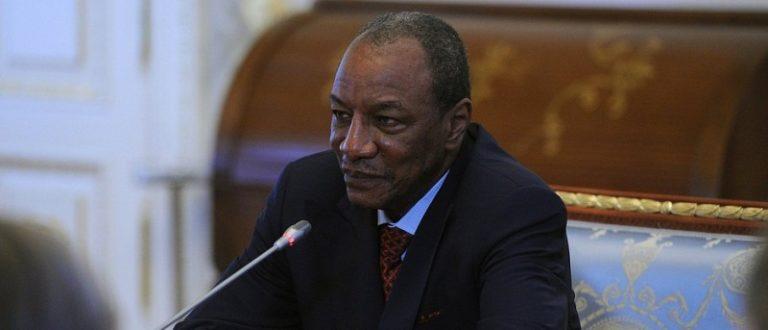 Article : Oubliant l'Afrique et ses problèmes, Alpha Condé veut réconcilier Riyad et Doha